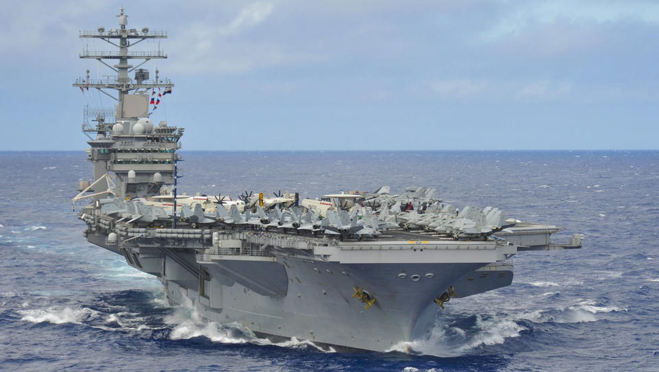 Gegen China: USA und Indien halten gemeinsames Flugzeugträger-Manöver ab