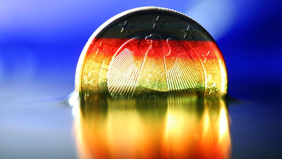 Deutschlands Top-Ökonomen äußern sich zur höchsten Inflationsrate seit 1993