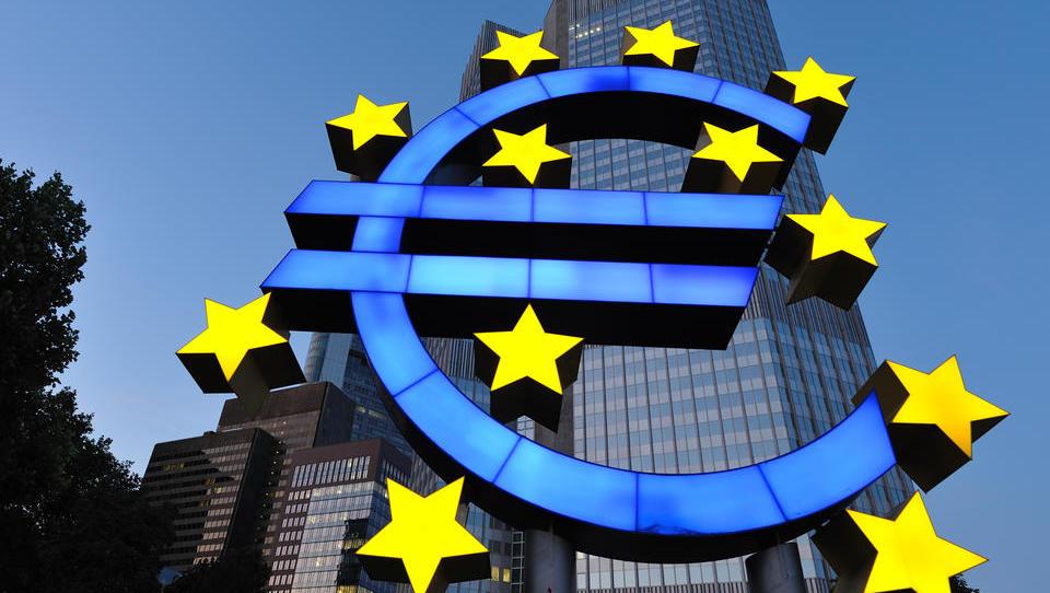 Target 2: Forderungen der Bundesbank im Eurosystem nähern sich der Billionenmarke
