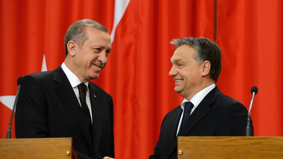 Ungarn treibt strategische Allianz mit Russland und der Türkei voran