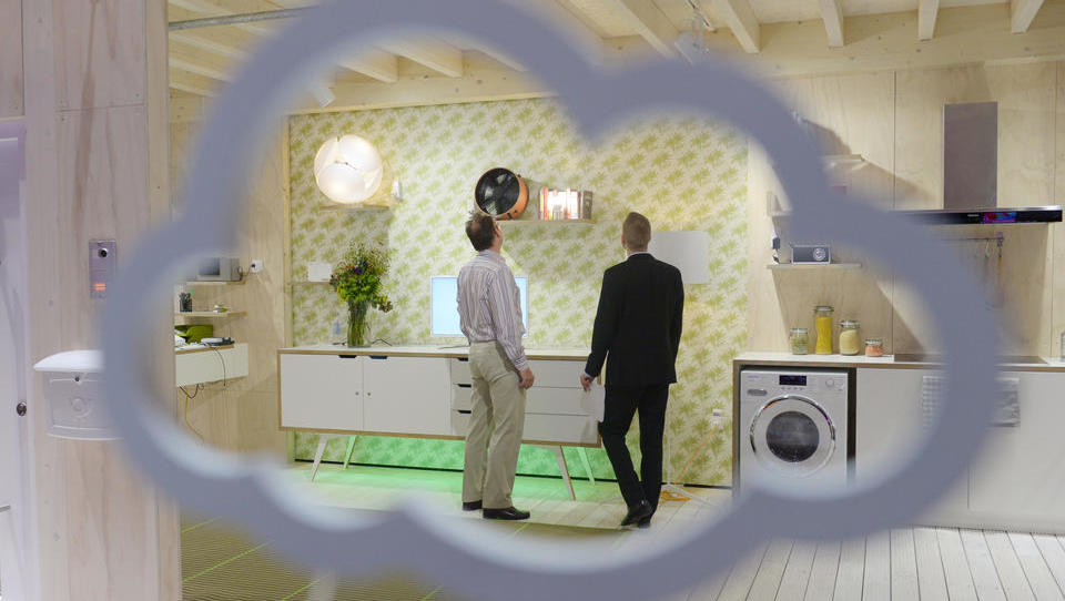 WOHNEN UND LEBEN: Lohnt sich das intelligente Zuhause?