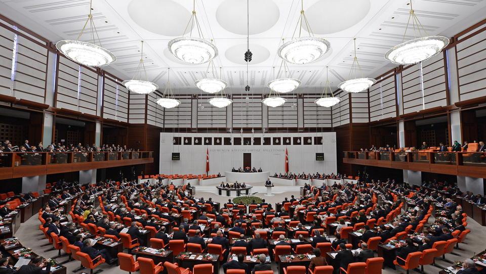 Türkei: Parlament beschließt Militärintervention in Libyen, Konsultationen mit Russland