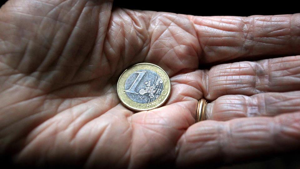 Altersarmut voraus: Zahl der insolventen Senioren stieg 2019 dramatisch an
