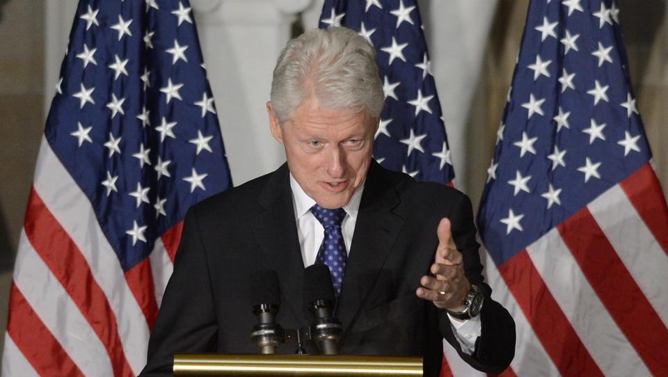 DWN SPEZIAL: CIA-Agenten enthüllen, wie Bill Clinton sie daran gehindert hat, Bin Laden zu töten und den 11. September zu verhindern