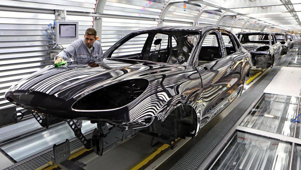Deutsche Autoproduktion stürzt auf 22-Jahres-Tief