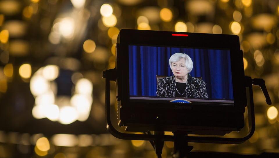 Ehemalige Chefin der Fed: Die Zentralbanken sind mit ihrem Latein am Ende, die Regierungen müssen sofort übernehmen