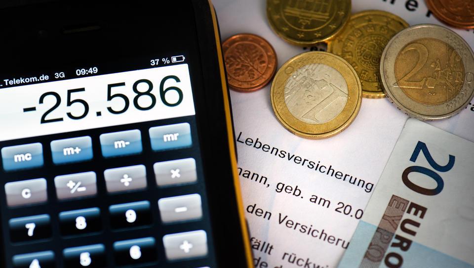 Lebensversicherungen: Garantiezins für Neukunden dürfte sich ab 2021 halbieren