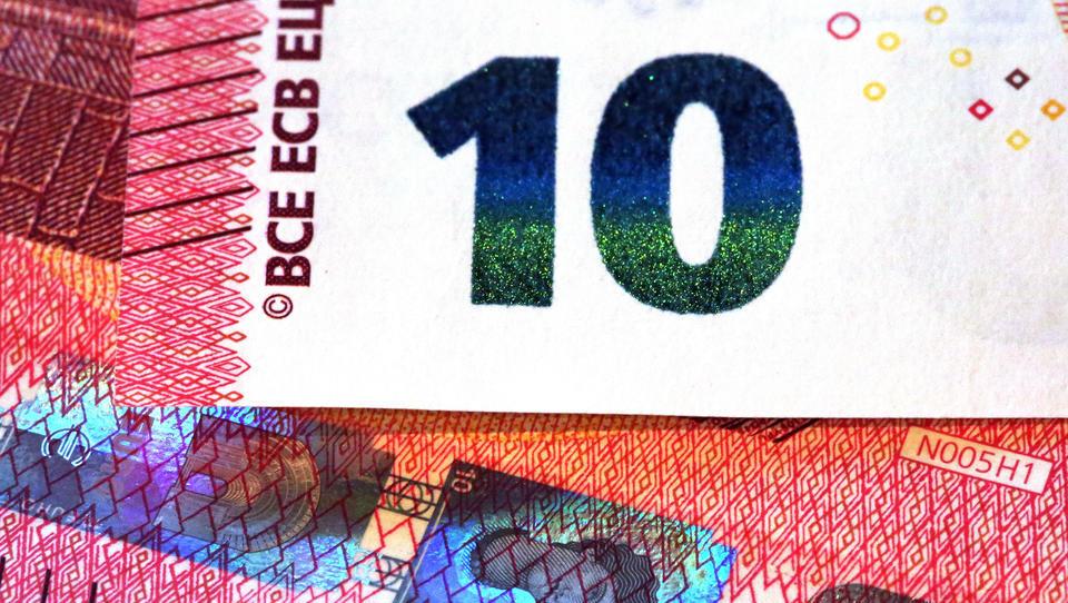 Reuters: Kfz-Steuer könnte massiv steigen, Bundesregieurung denkt über CO2-Sondersteuer nach