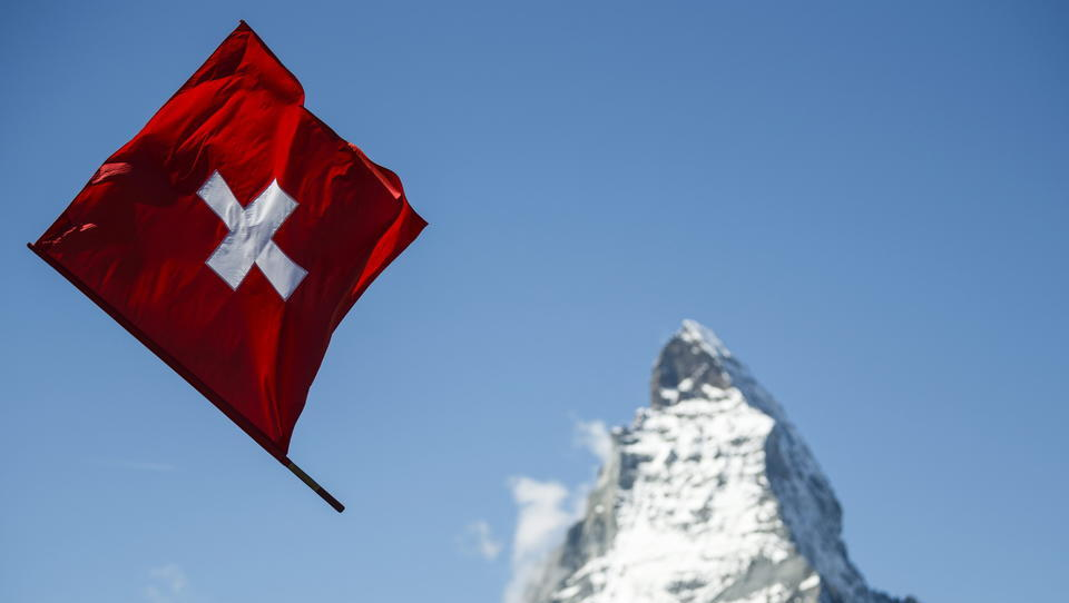 Schweizer lehnen digitale Identität in Volksabstimmung ab, die Deutschen wurden nicht einmal gefragt