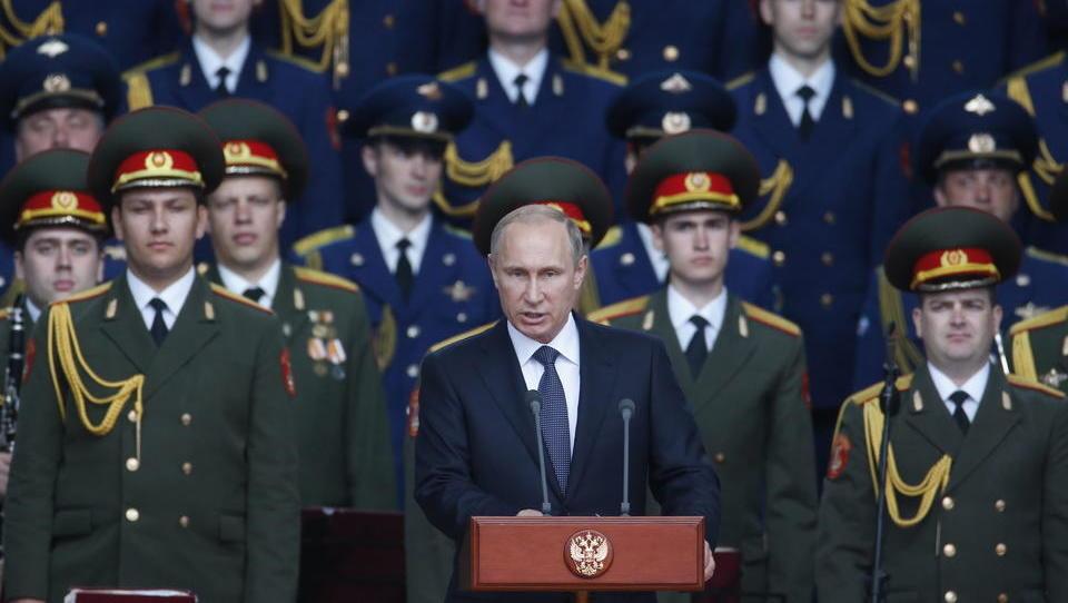 Antwort an Nato und Ukraine? Russland startet großes Militär-Manöver im ganzen Land