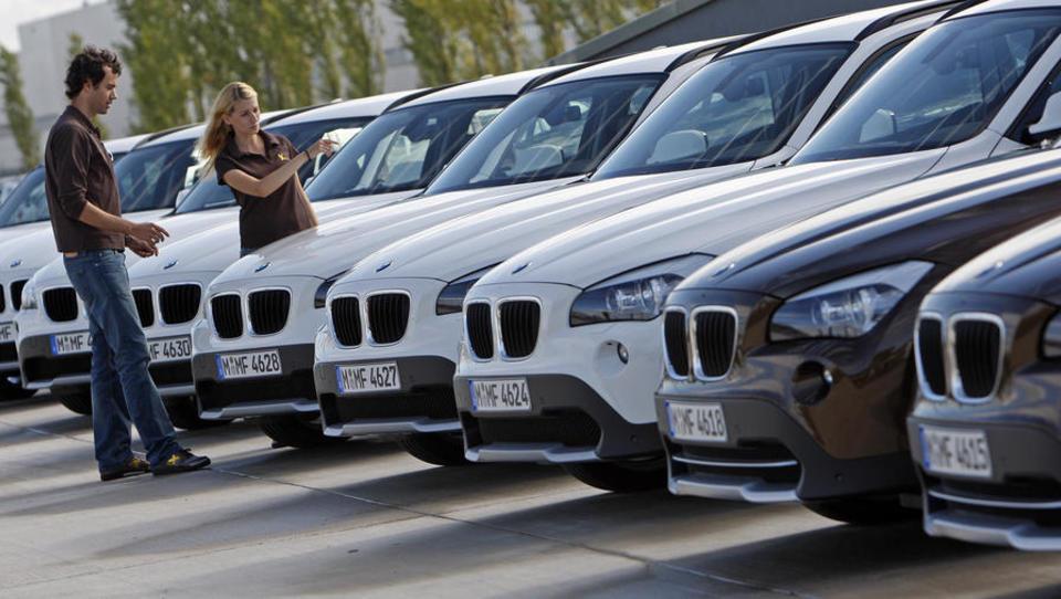 Trend gestoppt: Junge Leute kaufen wieder Autos - und zwar neue