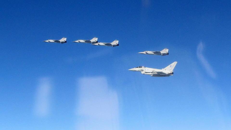 Studie: Kriegs-Gefahr zwischen der Nato und Russland steigt