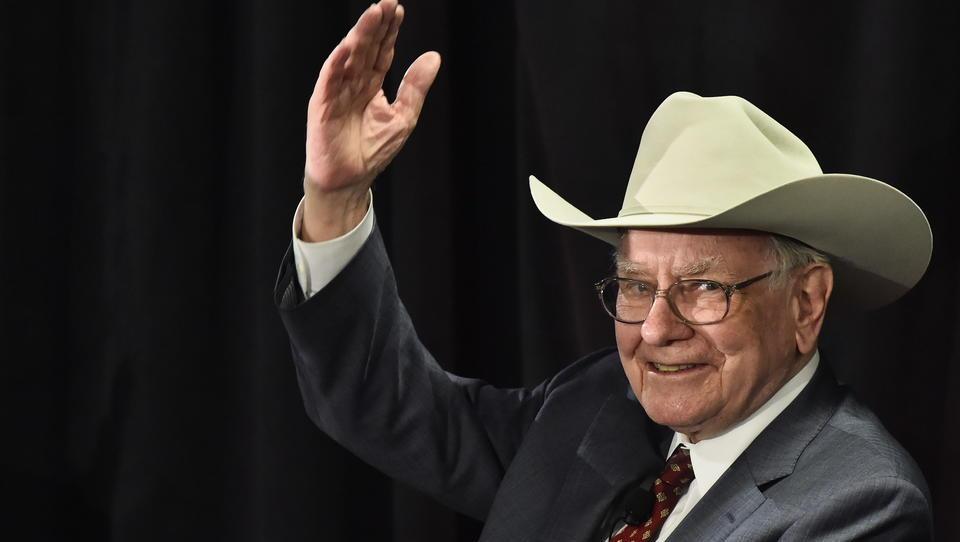 Warren Buffett trennt sich von Bank-Aktien und setzt auf Gold