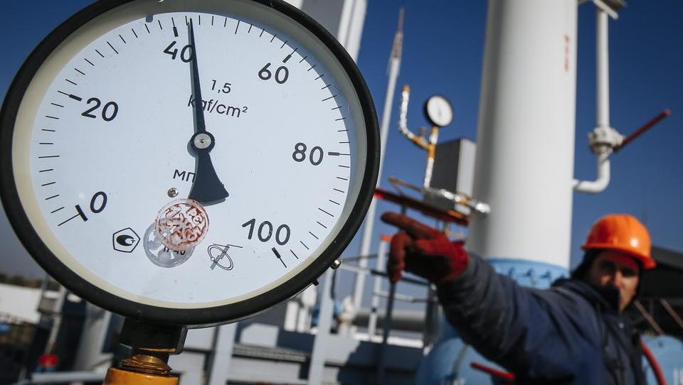 Gazprom muss Milliardenstrafe an Ukraine zahlen, Putin droht Europa