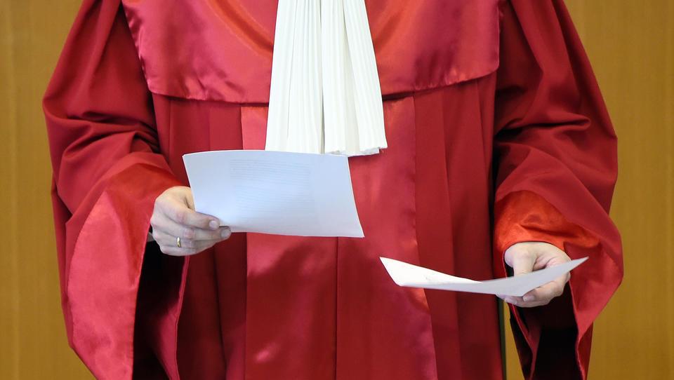 Berliner Richter reicht Verfassungsbeschwerde gegen Corona-Politik ein