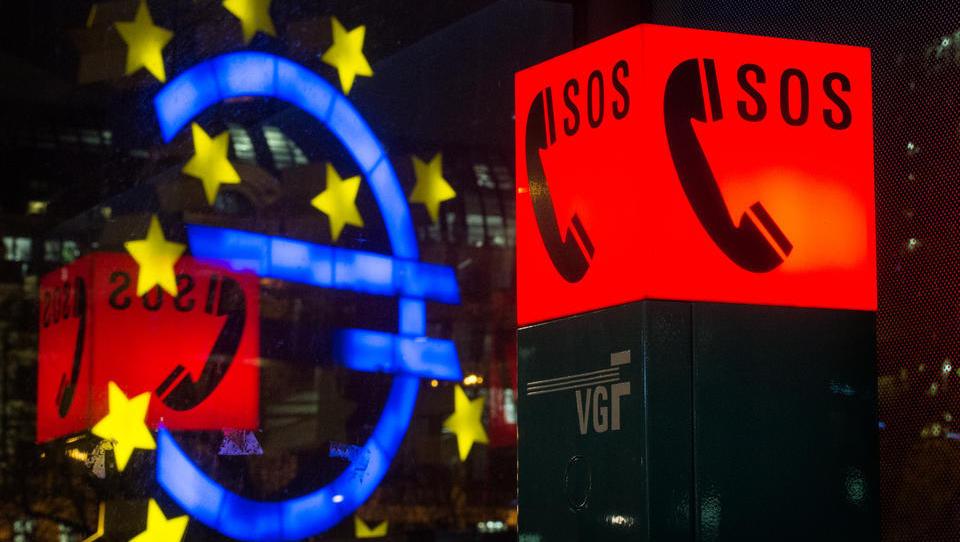 EZB eskaliert: Anleihekäufe werden ausgeweitet, Notkredite an Banken hochgefahren