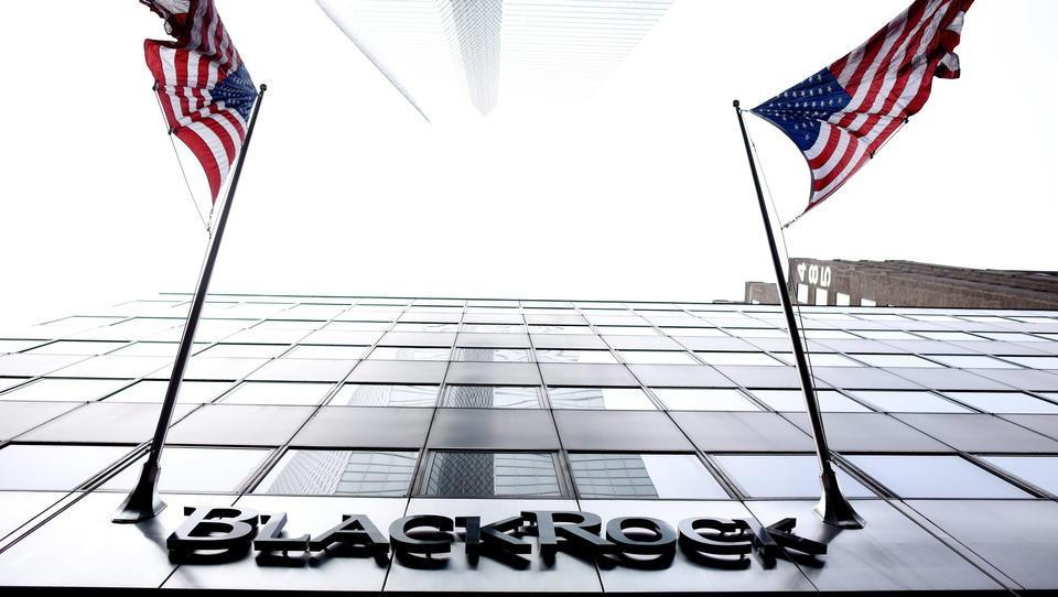 Krisenprofiteur BlackRock: Verwaltetes Vermögen und Umsatz auf Rekordniveau