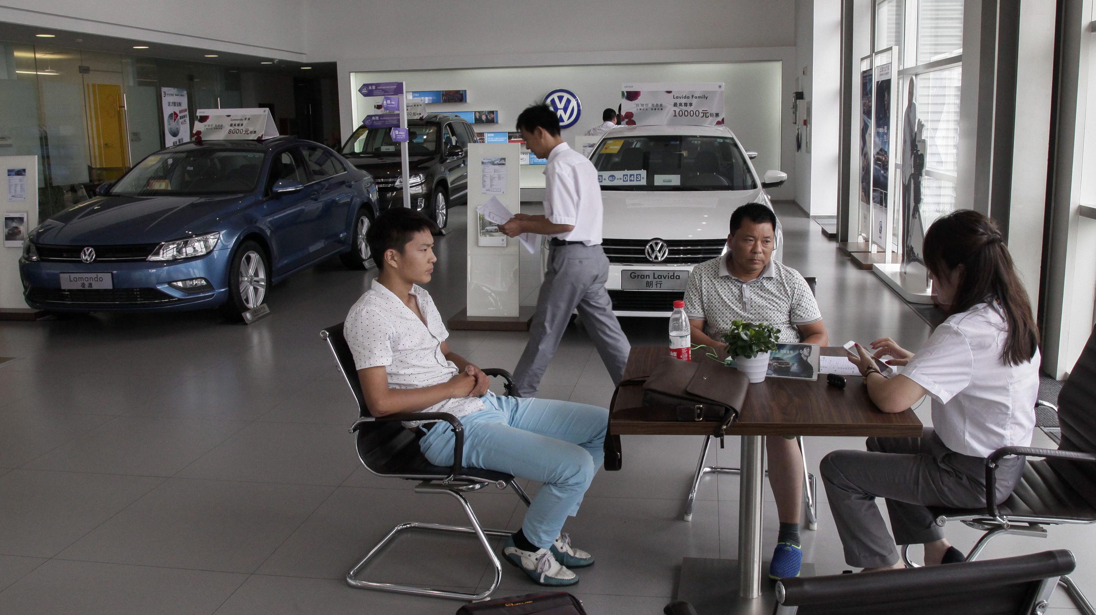 Experte: Für Kritik an Chinas Politik ist es zu spät - stattdessen müssen Deutschlands Autobauer chinesischer werden