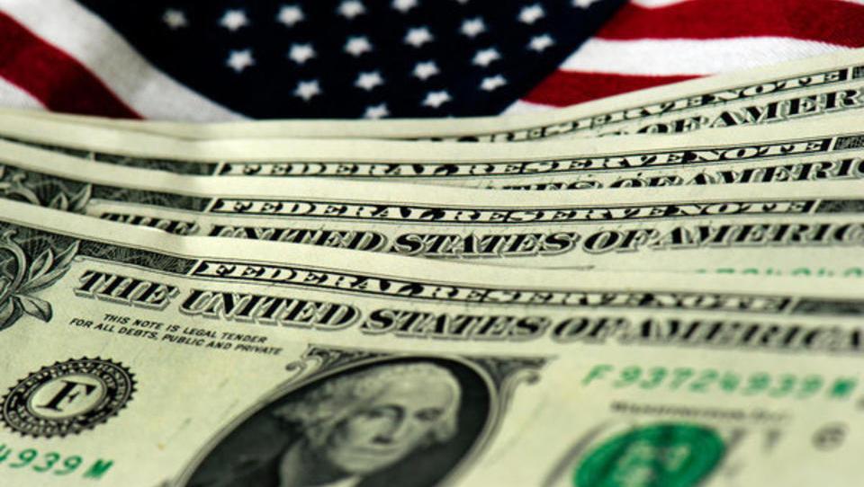 Helikopter-Geld: US-Regierung beglückt ihre Bürger mit halber Billion Dollar