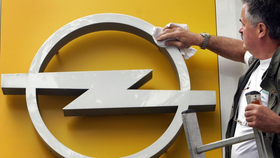 Opel fährt milliardenschweren Betriebsgewinn ein