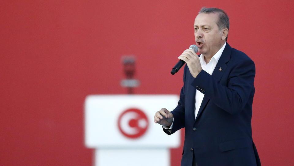 Erdogan-Regierung gegen das eigene Volk: Wer unzufrieden ist mit den Flüchtlingen, soll das Land verlassen