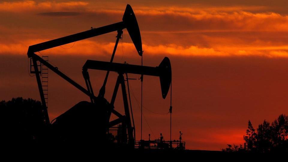 Weltweit größte Ölfirmen verlieren 495 Milliarden Dollar an Börsen