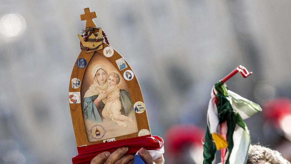 Anti-Corona-Protest in Italien: Papst-Gegner Erzbischof Carlo Maria Viganò spielt wichtige Rolle