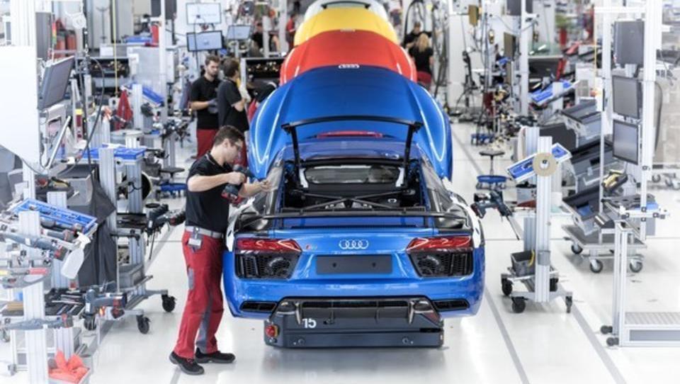 Produktions-Kapazitäten der deutschen Autobauer sind viel zu hoch: Massenentlassungen drohen