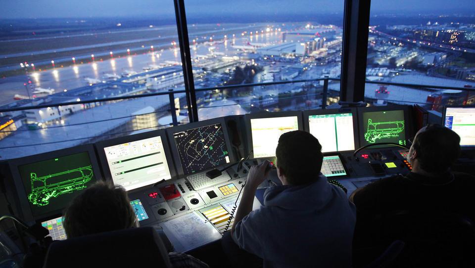 Flugsicherung läuft gegen geplante Abtretung von Teilen des deutschen Luftraums Sturm