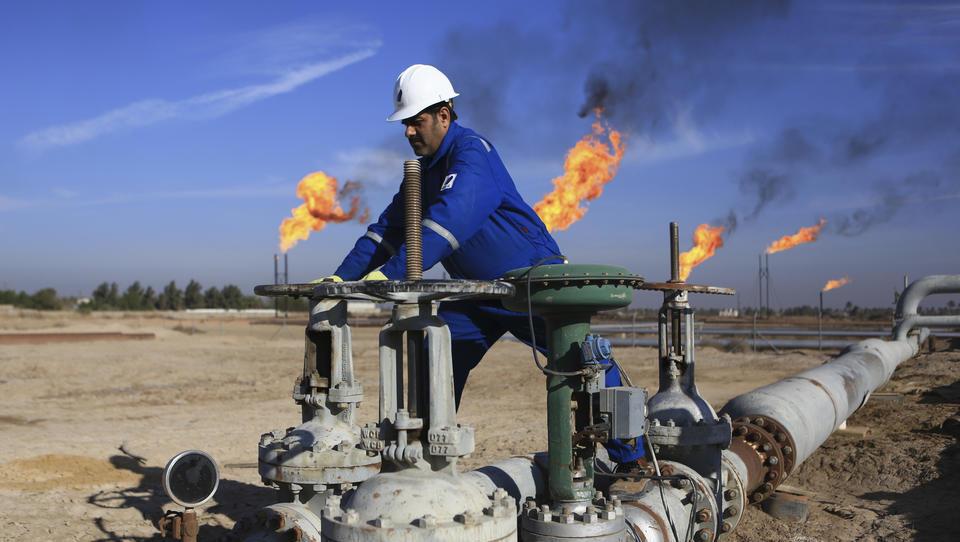 """""""Ideen aus La La Land"""": Golf-Emirate und Russland lehnen Investitionsstopp bei fossilen Energiequellen kategorisch ab"""