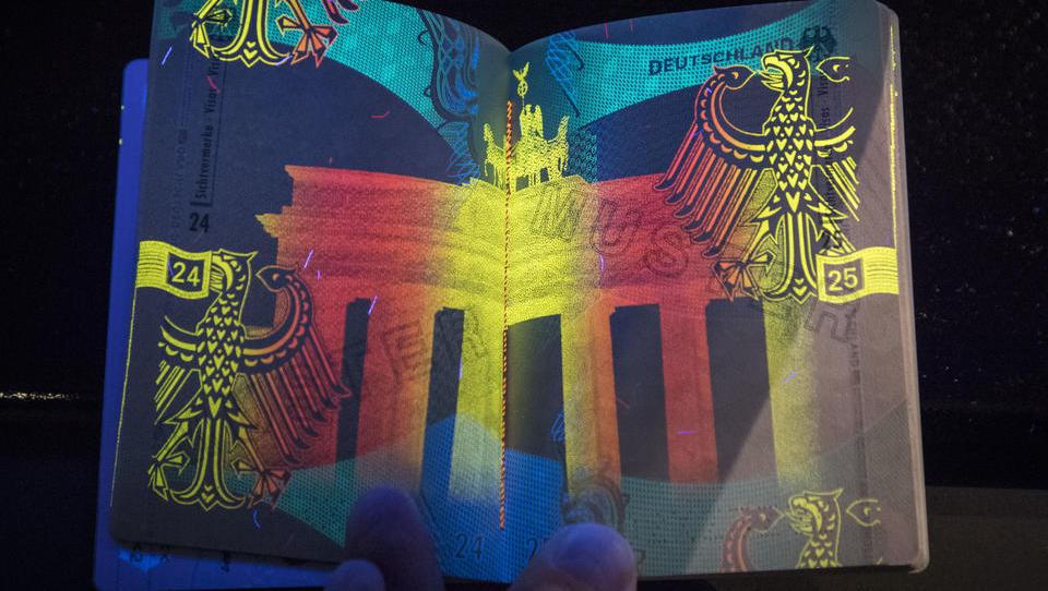 Bundesrat stimmt zu: Im August kommt der Personalausweis mit Fingerabdruck
