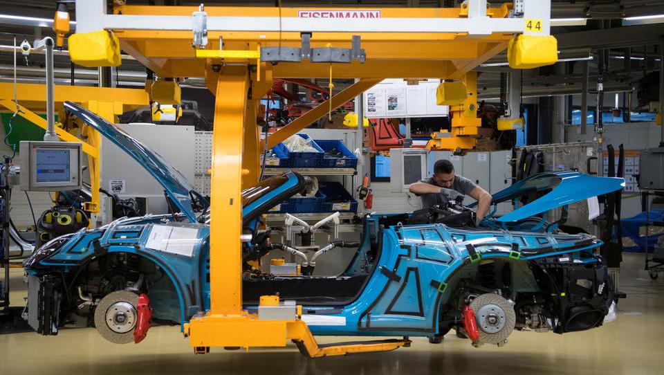 Porsche dementiert Medienmeldungen: Bänder-Stillstand kein Hackerangriff, nur ein Hardware-Fehler