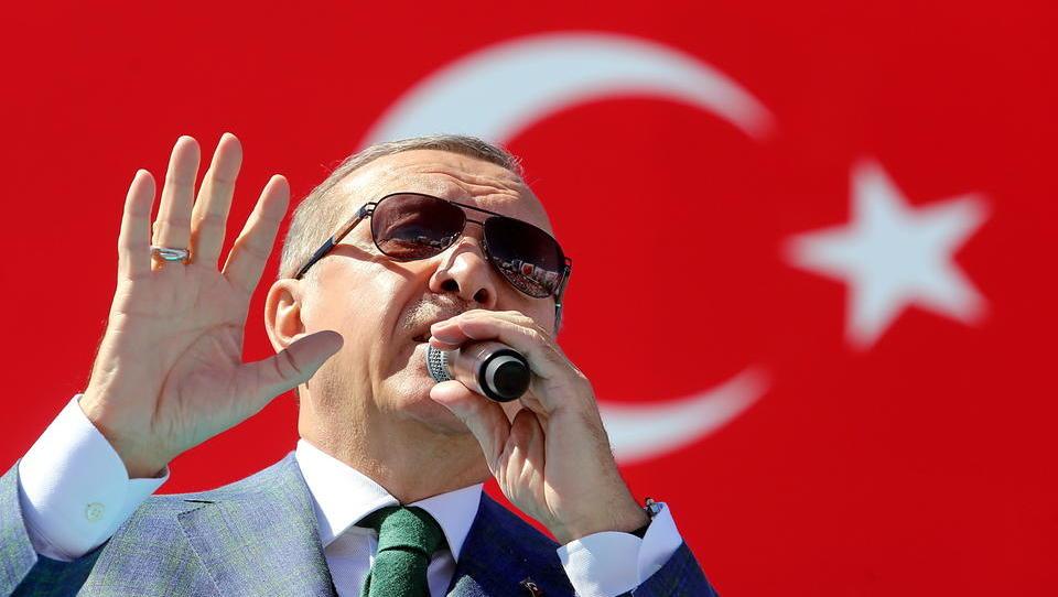 In Ankara herrscht Panik: Die Lira befindet sich in einem unkontrollierten Sturzflug