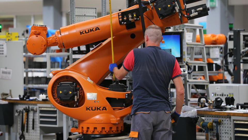 Neue Technologie: Mit Winken und Zeigen die Fabrik-Roboter steuern