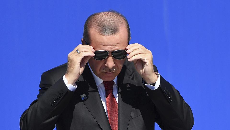 Erdogan verbietet Zahlungen mit Kryptowährungen, Bitcoin-Kurs fällt um drei Prozent