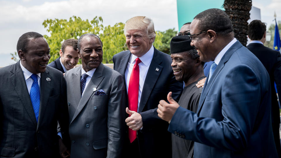 Trump rüstet korrupte Regierungen weltweit mit Waffen aus
