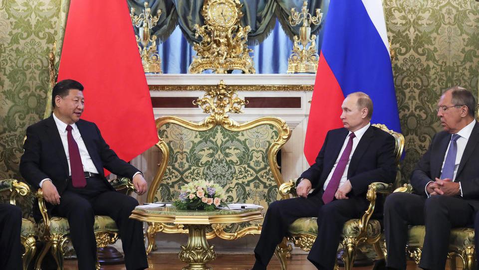 Strategische Allianz mit China: Russland fordert Abkehr vom US-Dollar