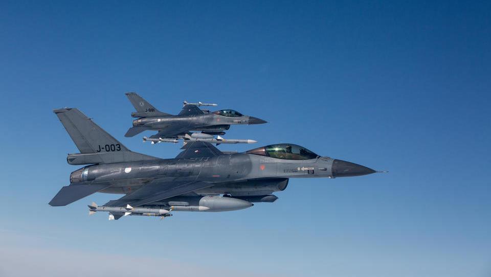 Nordatlantik, Nordsee, Schwarzes Meer und Ostsee: Nato-Jets beschatten zahlreiche russische Flugzeuge