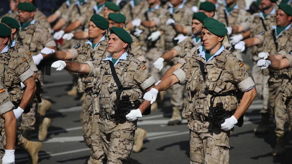 Gegen die Regierung: Unter der Decke des spanischen Militärs brodelt es gewaltig