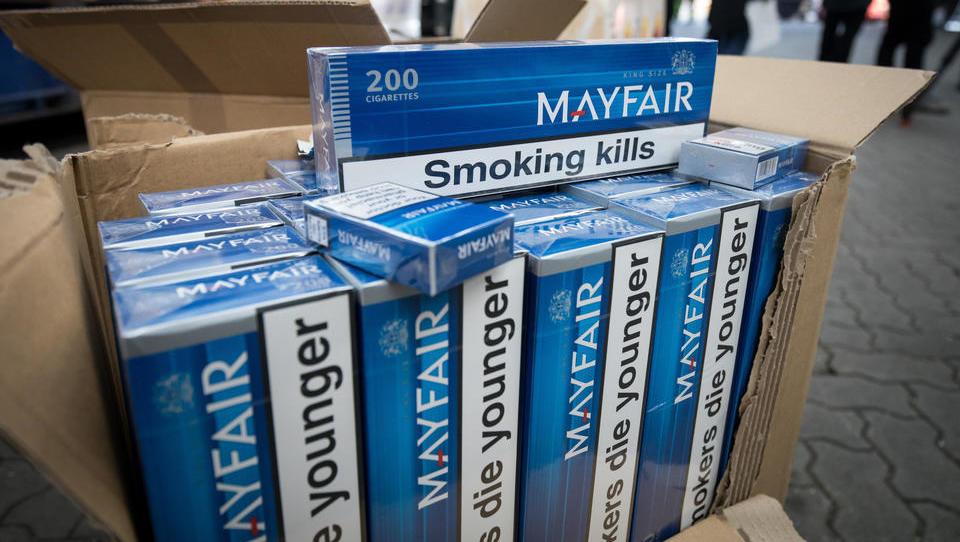 Zoll stellte 2020 deutlich mehr geschmuggelte Zigaretten sicher
