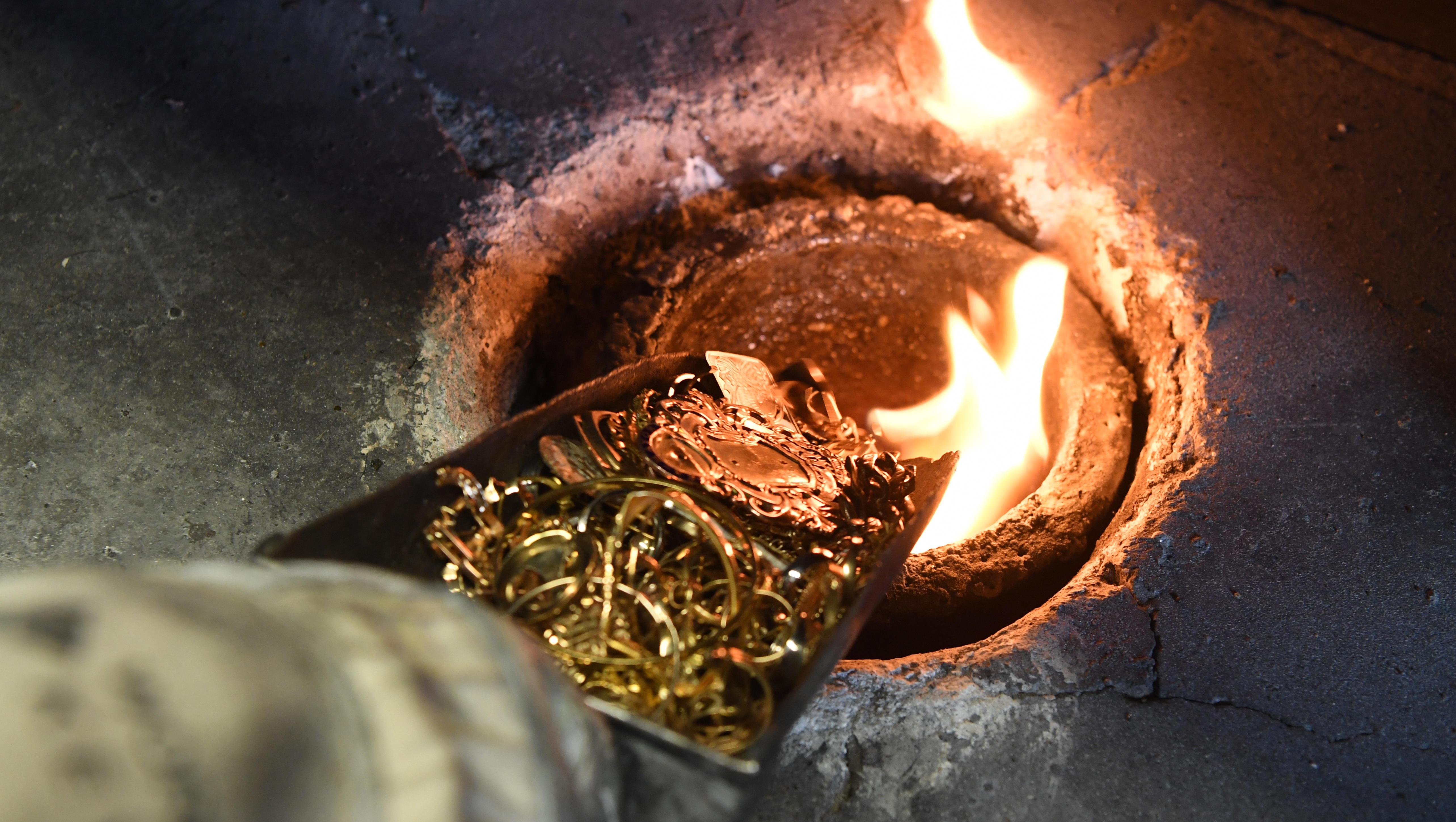 Rekordpreise für Gold treiben das Recycling von Schmuck