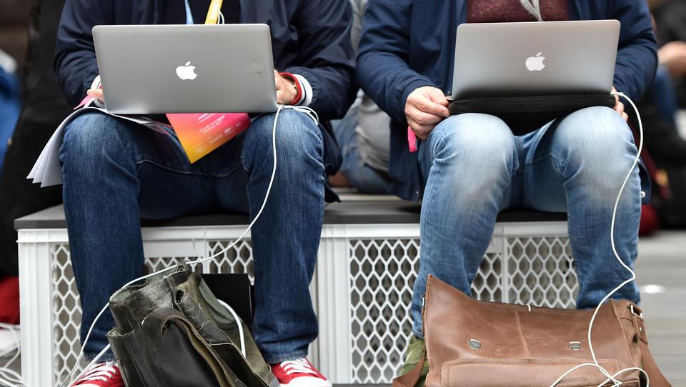 Umfassende Kontrolle: Wie die neuen Apple-Computer ihre Nutzer ausspionieren