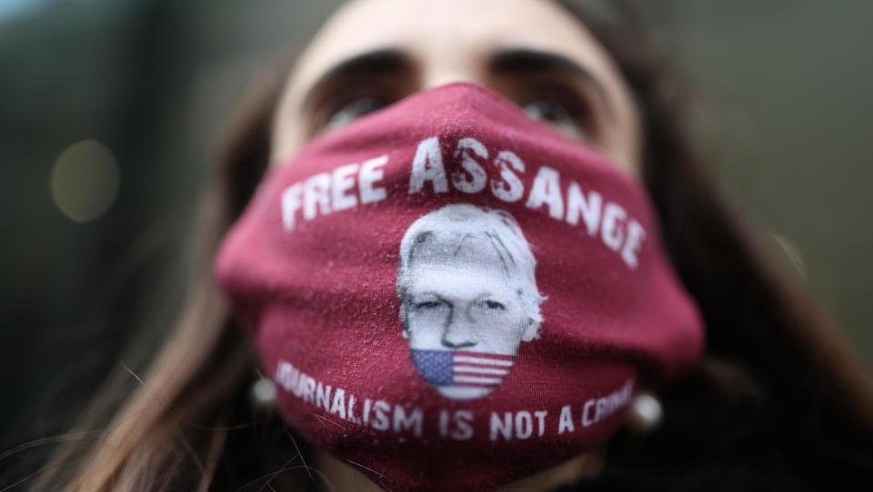 Londoner Gericht: Assange soll nicht an die USA ausgeliefert werden