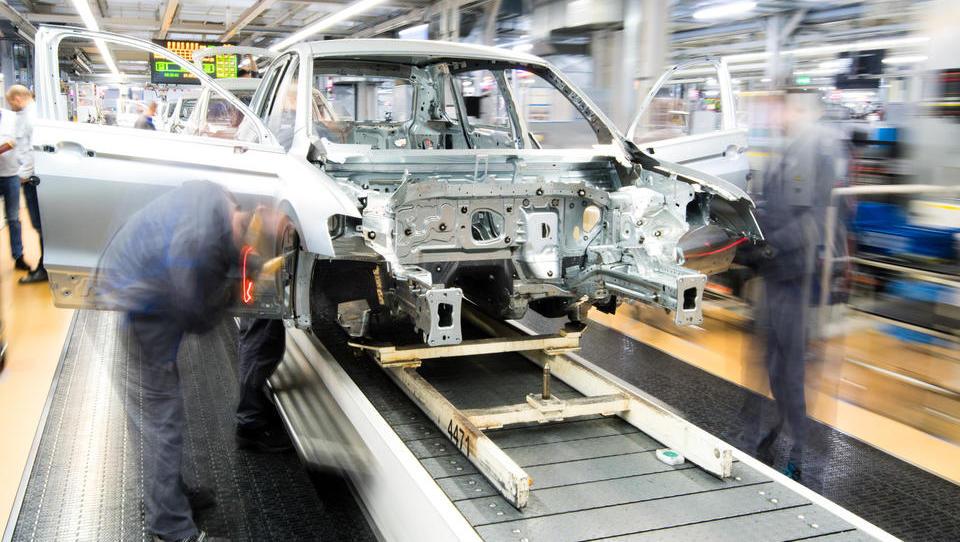 Deutschlands Treibjagd auf die eigene Autoindustrie