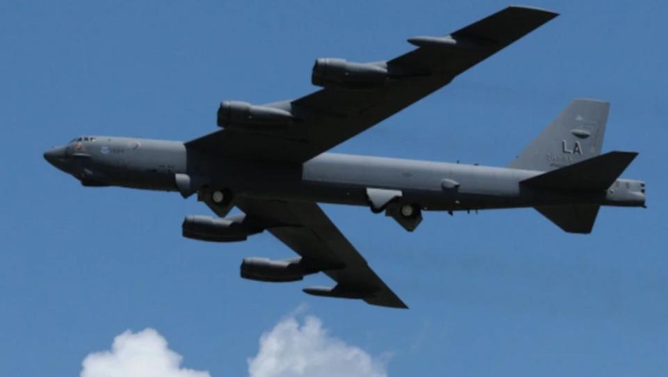 Biden entsendet Langstrecken-Bomber in den Nahen Osten