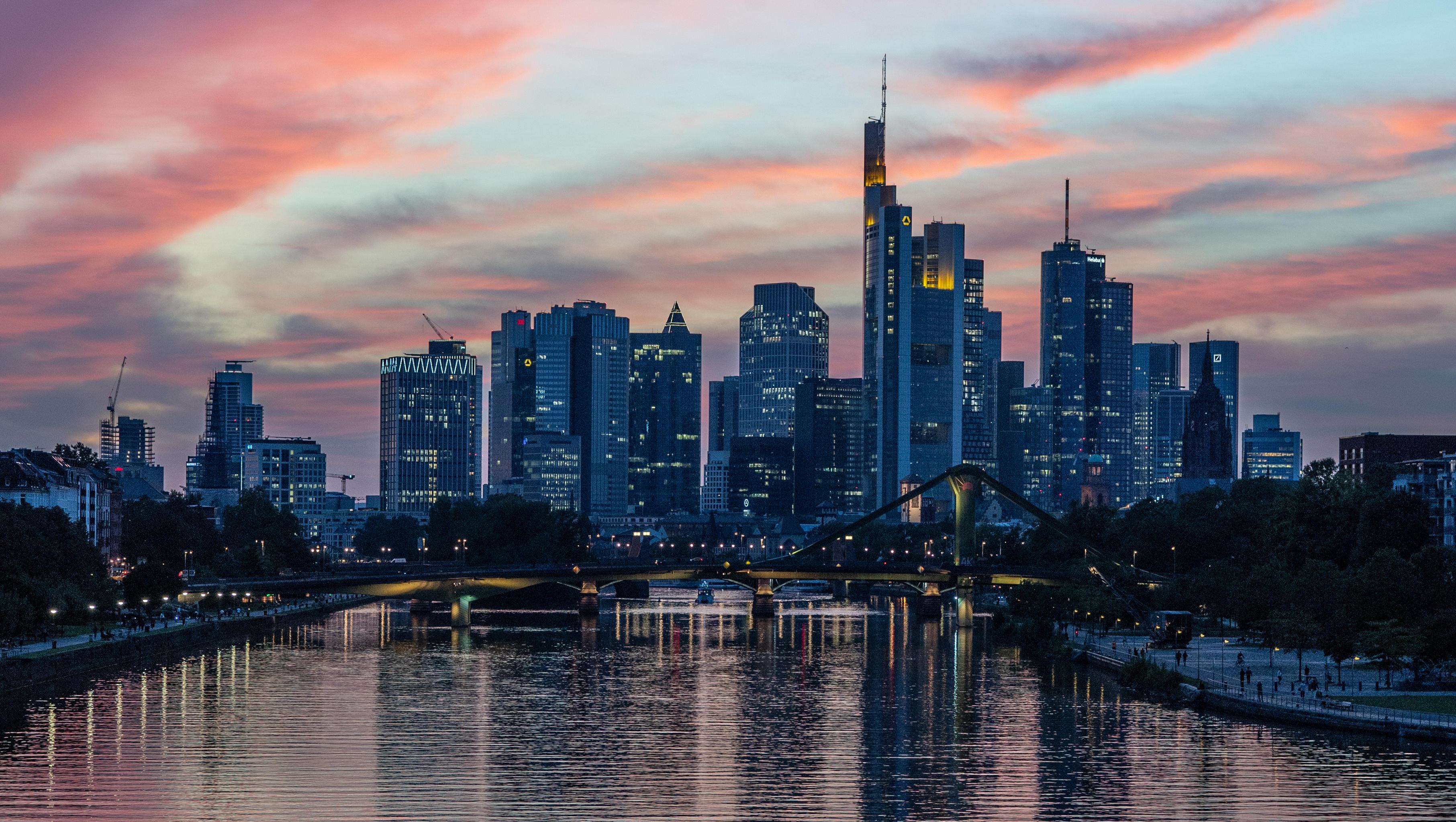 Deutschlands Banken verlangen Negativzinsen in Rekordhöhe