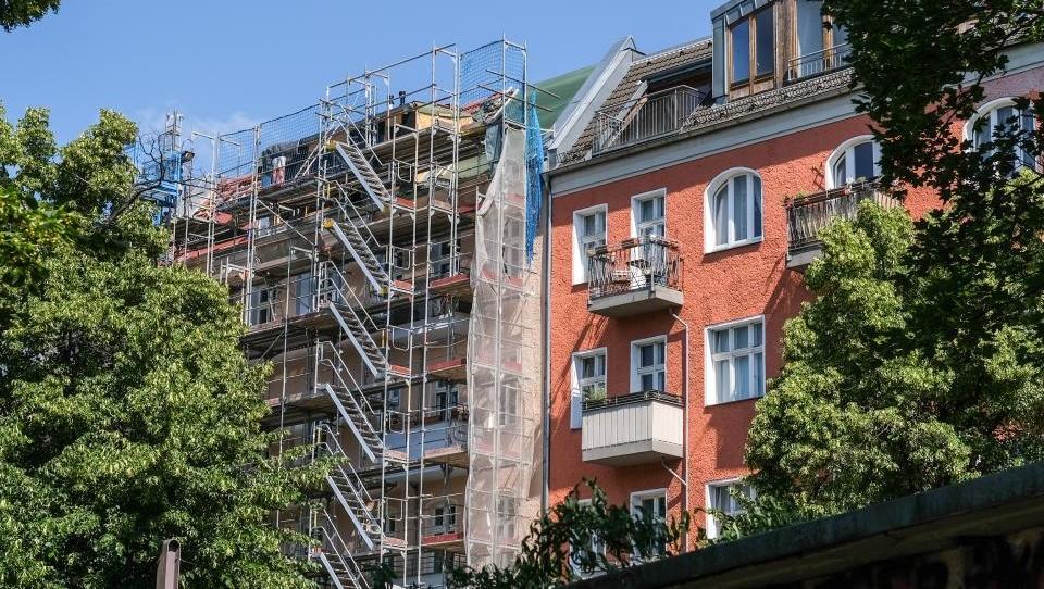 Immobilienkonzern Deutsche Wohnen profitiert von höheren Mieten