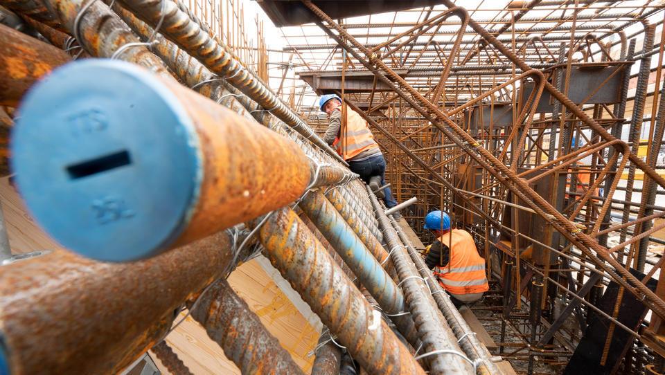 Trotz Materialmangels: Bau meldet mehr Umsatz und mehr Beschäftigung
