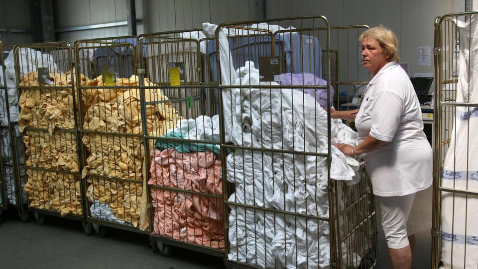 Corona: Reinigungs-Branche bricht wegen Krise historisch ein