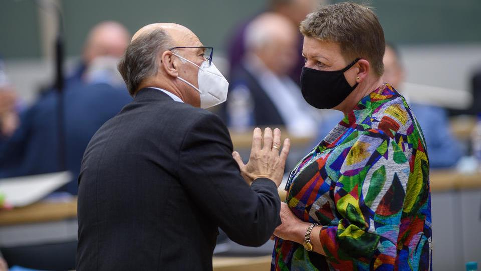 Streit um Rundfunkbeitrag droht Koalition in Sachsen-Anhalt zu sprengen